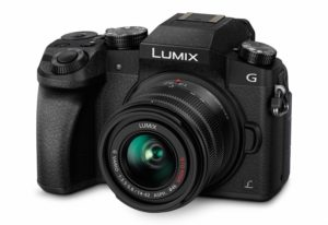 Panasonic DMC-G70KEG-K Lumix Systemkamera (16 Megapixel, 4K Video) mit Objektiv Lumix G Vario F3,5-5,6 14-42 Asph OIS schwarz YouTube YouTuber günstig Kamera