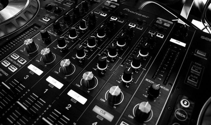 Audiointerface oder Mischpult, was brauche ich für YouTube Wo liegen die Unterschiede